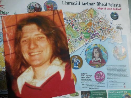 Carte postale de Bobby Sands et Plan de Belfast et de ses murals, Chantal Vetter, 5.5.2016, GenA?ve